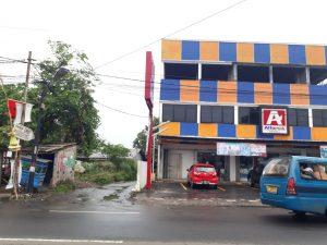 Rumah Dijual di Sukahati Cibinong Belakang Minimarket